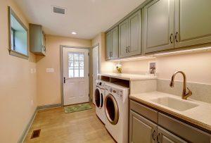 Laundry Room - Leesburg