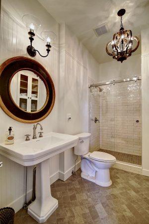 Bathroom - Leesburg